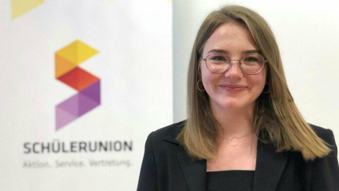 Bundesschulsprecherin Alexandra Bosek zeigte sich mit den Maturaplänen des Bildungsministers zufrieden.