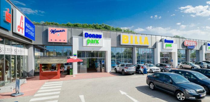 Einkaufszentren wie der Donaupark müssen zum Verweilen und Wohlfühlen einladen und ein Treffpunkt sein, betonen Helbich-Poschacher und Thun.