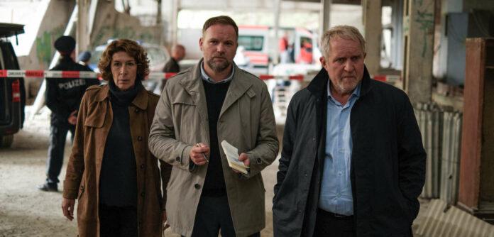 """Neuhauser, Thomas Stipsits und Krassnitzer in """"Unten"""" (20.12., ORF 2; Regie: Daniel Prochaska)"""