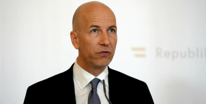 """Drängt auf Rückkehr zu """"nachhaltigem Budgetpfad"""": Martin Kocher, Präsident des Fiskalrats."""