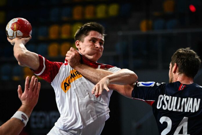 Weil Kapitän Gerald Zeiner wohl verletzungsbedingt ausfällt, wird Jakob Jochmann (Bild) gegen Marokko zwangsweise mehr Spielpraxis bekommen. Und das ist gut so.