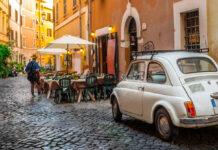 Pizza, Pasta und Amore — die Österreicher zieht es im Sommer 2021 wieder nach Italien.