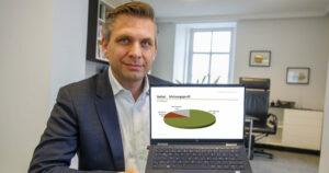 OÖVP-Landesgeschäftsführer LAbg. Wolfgang Hattmannsdorfer präsentiert hohe Zustimmungswerte für Stelzer.