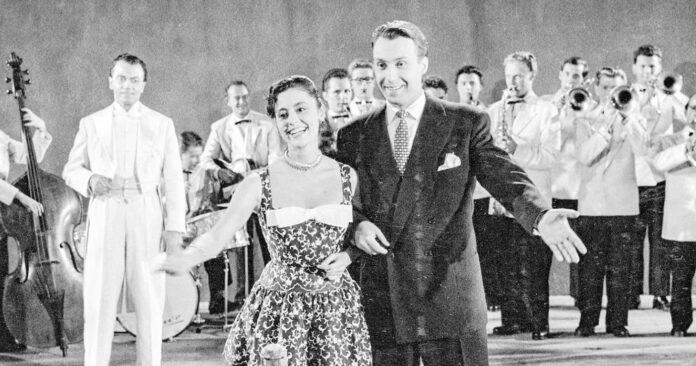 """ORF2 zeigt am Samstag (9.50 Uhr) """"Liebe, Tanz und 1000 Schlager"""" mit Peter Alexander und Caterina Valente."""