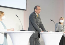 Corona-Tests als Uni-Eintrittskarte sind für Bildungsminister Heinz Faßmann, uniko-Präsidentin Sabine Seidler (r.) und ÖH-Bundesvorsitzende Sabine Hanger ein gangbarer Weg.
