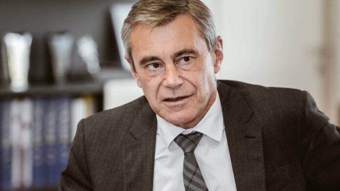 RLB-OÖ-Generaldirektor Heinrich Schaller