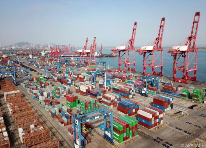 Chinas-Exporte-machen-Anfang-2021-Sprung-um-60-Prozent