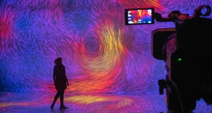 Auch der Deep Space 8K im Ars Electronica Center bekommt ein Update und soll künftig auch im Netz seine volle Strahlkraft entfalten können.