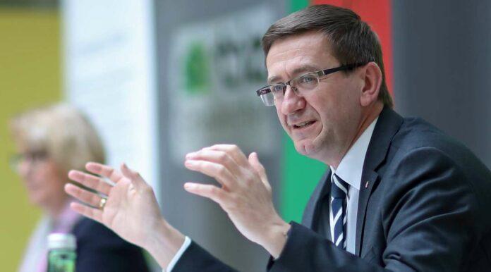 Wirtschafts-Landesrat Markus Achleitner präsentierte die dritteErweiterung des TIZ Landl-Grieskirchen.
