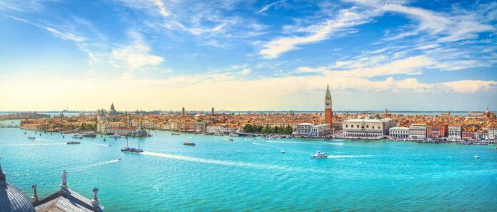 Das historische Zentrum von Venedig liegt auf mehr als 100 Inseln.