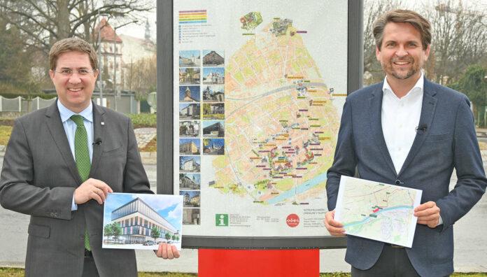 Bürgermeister Andreas Rabl (FPÖ/l.) und Wirtschaftsstadtrat Peter Lehner (ÖVP) präsentierten gestern das Konzept für eine Technische Universität in Wels.