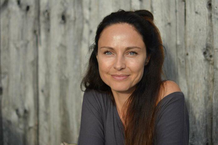 Schauspielerin, Sängerin und Tänzerin Daniela Dett