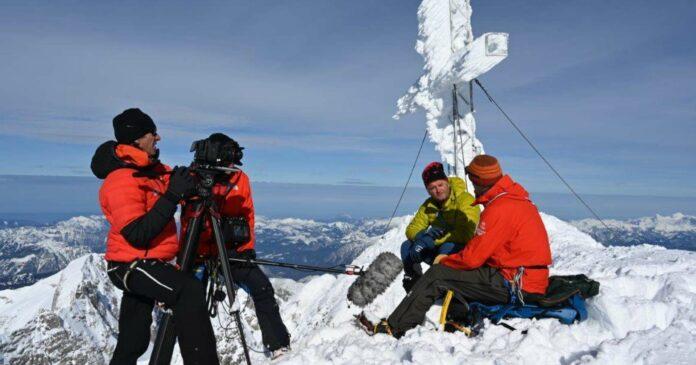 Ein Interview auf 3000 Metern — Heli Putz mit Bergführer Heli Rettensteiner.