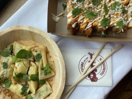 Bekocht seine Gäste jetzt im Freien mit japanisch angehauchten Köstlichkeiten: 4-Haubenkoch: Lukas Nagl.