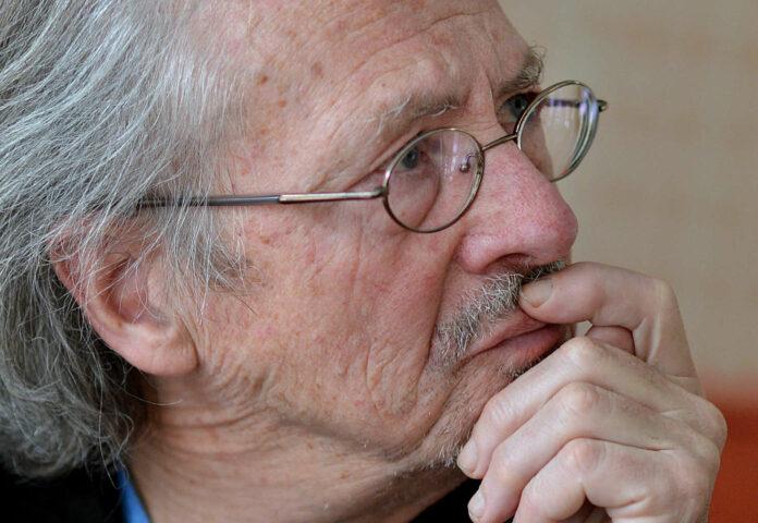 """Mit """"weiten, im Gehwind knatternden Hosenbeinen"""": Peter Handke"""
