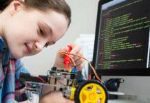 """Der neue Schulzweig """"Digitalisierung und Robotik"""" soll die Fachkräfte von morgen formen."""
