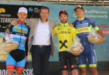 Sport-Landesrat Markus Achleitner (2.v.r.) gratulierte dem Siegerpodest Alexis Guerin (2.v.l.), Riccardo Zoidl (l.) und Michal Schlegel.