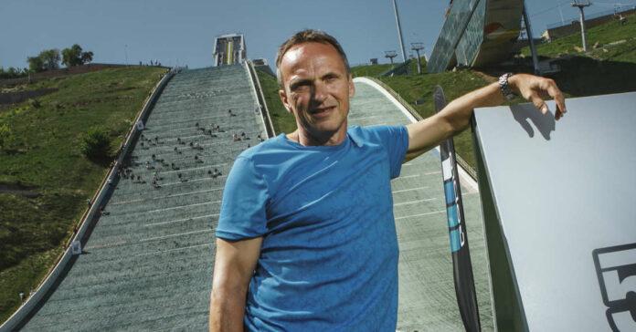 """Als aktiver Sprinter hatte Andreas Berger (r.) vor allem über 100 Meter viel Grund zum Jubeln.Andreas Berger funktionierte Skisprungschanzen für seinen """"Red Bull 400"""" um und sorgte damit bei 25.000 Teilnehmern in Europa, Nordamerika und Asien für ein Sport-Highlight."""