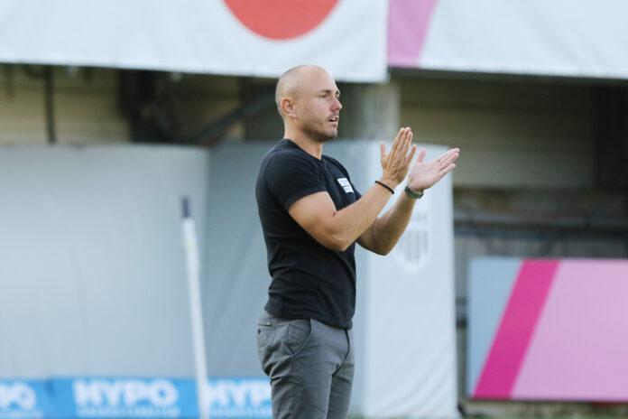 FC Juniors OÖ-Trainer Stefan Hirczy sah viel Positives bei seinem jungen Team.