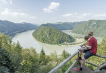 Die Donauschlinge in Schlögen: Oberösterreich ist seit vielen Jahren aktiv darum bemüht, sein kulturelles Erbe rund um den Donaulimes nachhaltig zu sichern und zugänglich zu machen. Nun sind diese Maßnahmen belohnt worden.