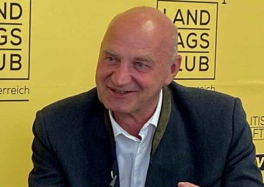 OÖVP-Klubobmann Christian Dörfel