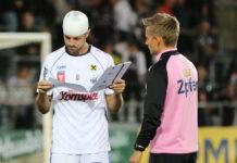 Am Sonntag wollen Rene Renner (l.) & Co. die Vorgaben des Trainerteams (r. Jan Kollmann) besser umsetzen als im Cup.