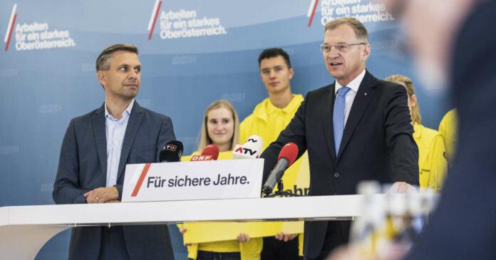Schluss-Appell von Landeshauptmann Thomas Stelzer und OÖVP-Landesgeschäftsführer Wolfgang Hattmannsdorfer (l.) 45 Stunden vor dem Wahl-Entscheid in Oberösterreich.