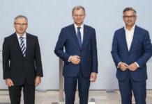 v.l.: LR Wolfgang Klinger, LH Thomas Stelzer und Staatssekretär Magnus Brunner präsentierten am Montag das neue Maßnahmenpaket für den Hochwasserschutz an der Donau.