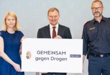 V. l.: LH-Stv. Christine Haberlander, LH Thomas Stelzer, Landespolizeidirektor Andreas Pilsl