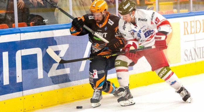 01.10.2021 Eishockey Black Wings Linzvs HCB Suedtirol