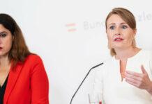 Familienministerin Susanne Raab (ÖVP) und Eco Austria Direktorin Monika-Köppl Turyna (l.) präsentierten die volkswirtschaftlichen Effekte der Erhöhung des Familienbonus.