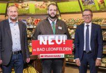 v.l.: Bgm. Thomas Wolfesberger, Marktleiter Philipp Hametinger und Jakob Leitner, GF der Spar-Zentrale Marchtrenk
