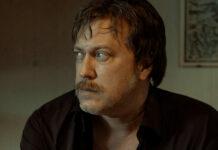 Nicholas Ofczarek in seiner Rolle als Julian H.